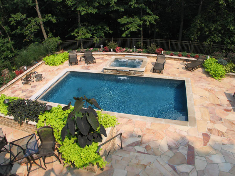 Traditional pools mid american gunite pools for Gunite pool design ideas
